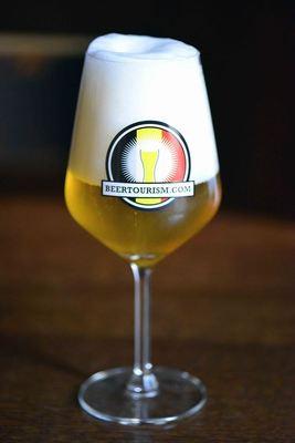 Belgian Beer Styles, beer in Belgium, Strong blond beer