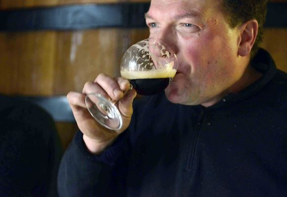 Verhaeghe-Vichte, Peter Verhaeghe, drinking Duchesse