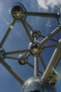 The Atomium is to Brussels what the Eiffeltower is to Paris. Originally built for the 1958 World Fair, it is still shiny and going strong today