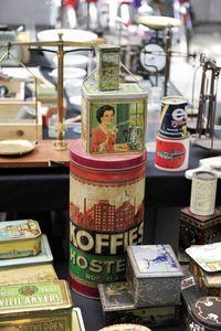 Vrijdagmarkt Antwerpen, antiques in Belgium, Belgian antiques