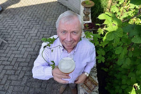 Denis De Keukeleire, Hops in Belgium