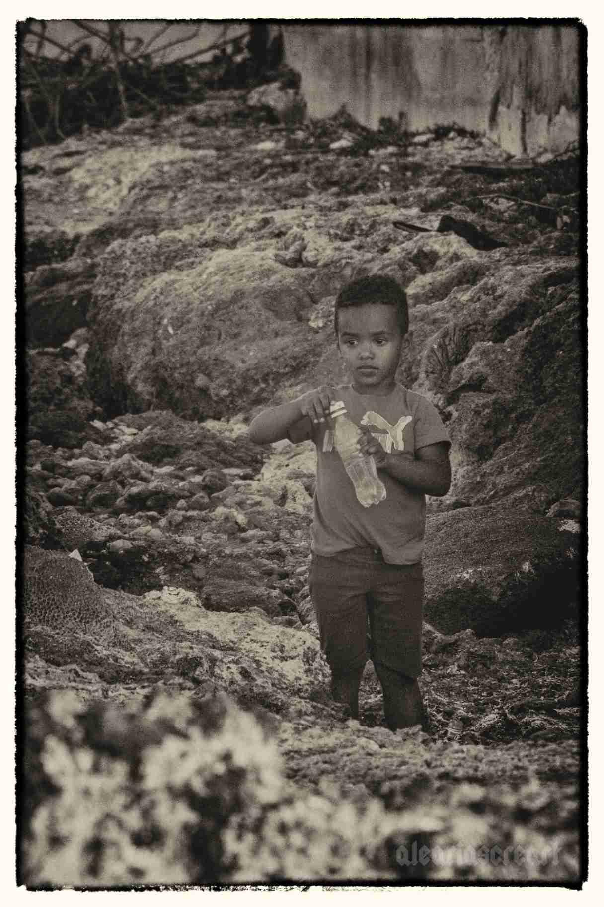 "Obra: De la serie ""Infancia en Cuba"""