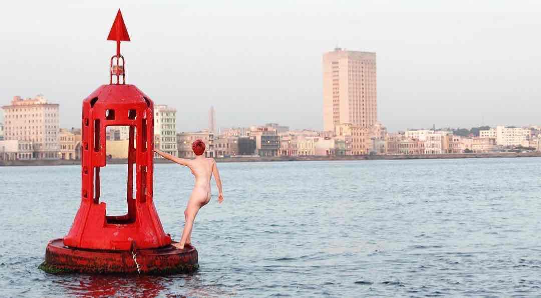 Obra: Boya roja de la bahía de La Habana