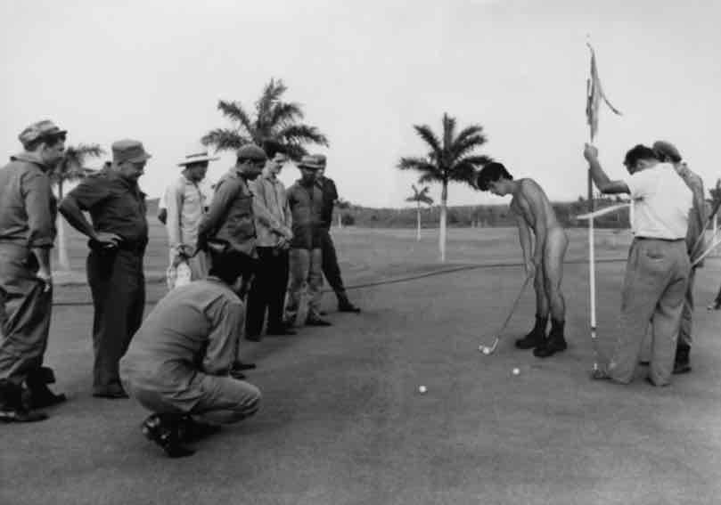 Obra: Fidel y Che juegan al golf (Alberto Diaz Korda)