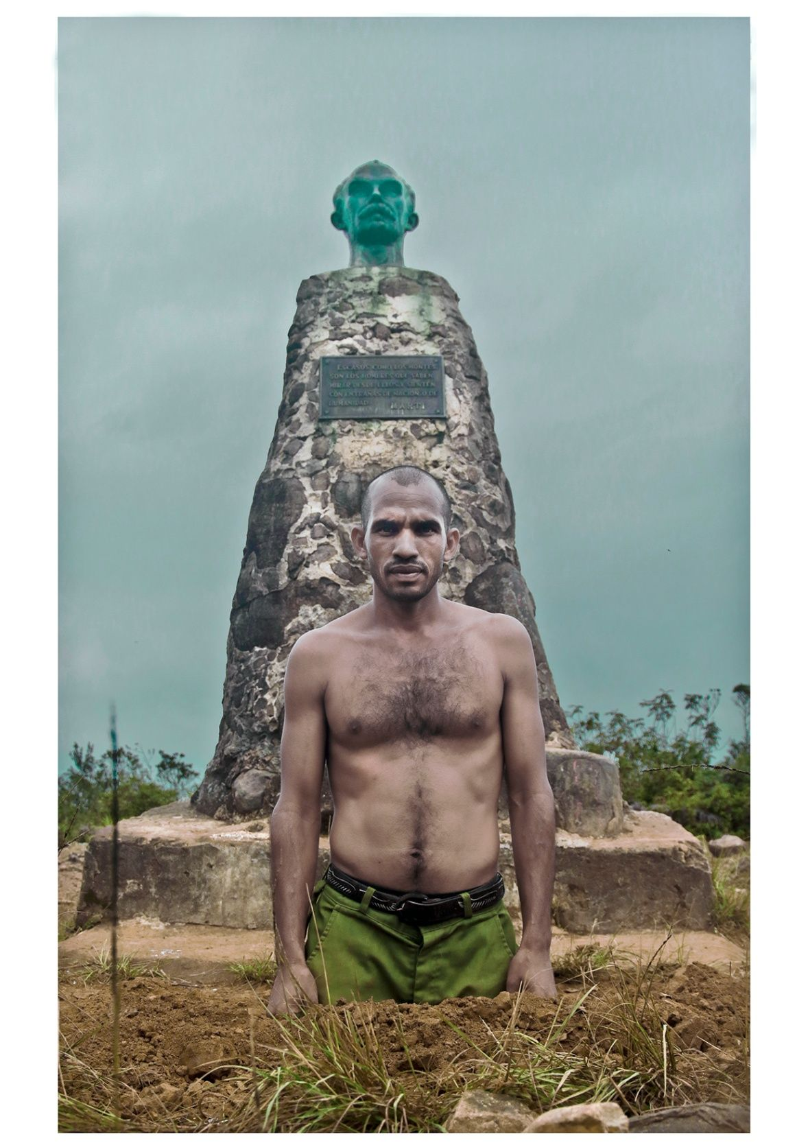 Obra:  Oilé Alvarėz. Guía del Pico Turquino. 1864 m sobre el nivel del mar. Mayor elevación de Cuba. 13 de agosto de 2016