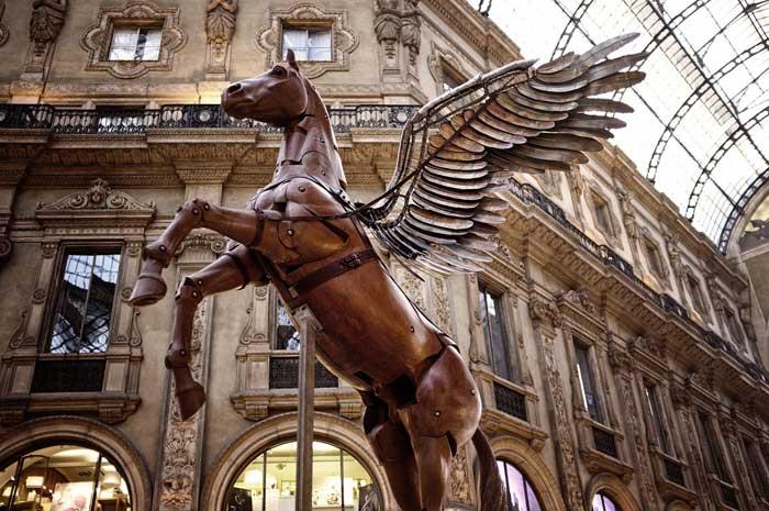 Pegasus, Galleria Vittorio Emanuele II, Milan