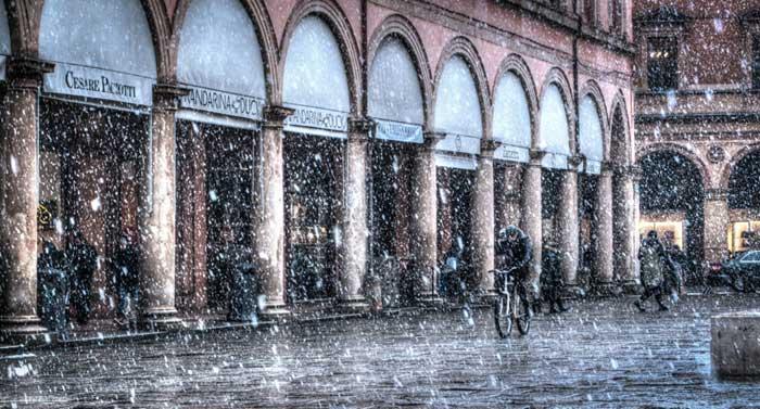 Piazza Malpighi, Bologna, Emilia Romagna