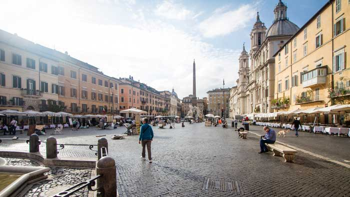 Rome Piazza Navona Without Tourists