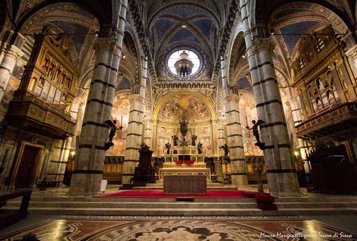 Main Altar of the Duomo, Siena, Italy