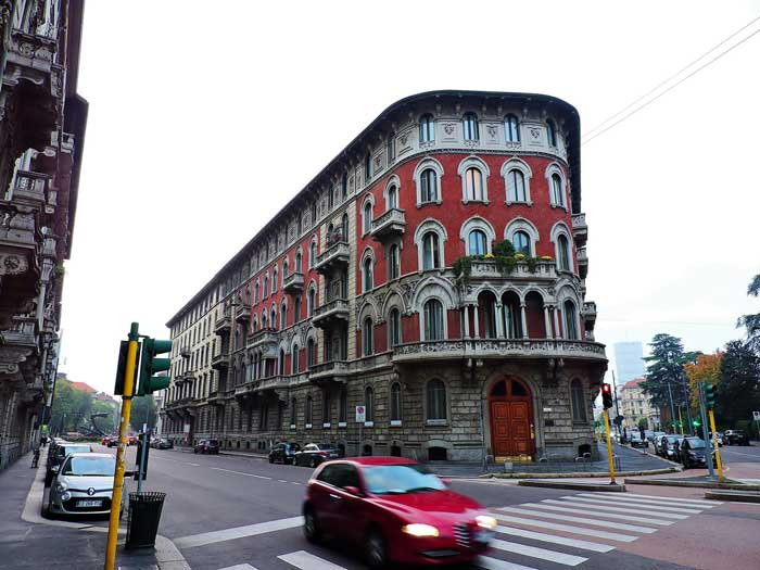 Via Lorenzo Mascheroni, Milano, Italia