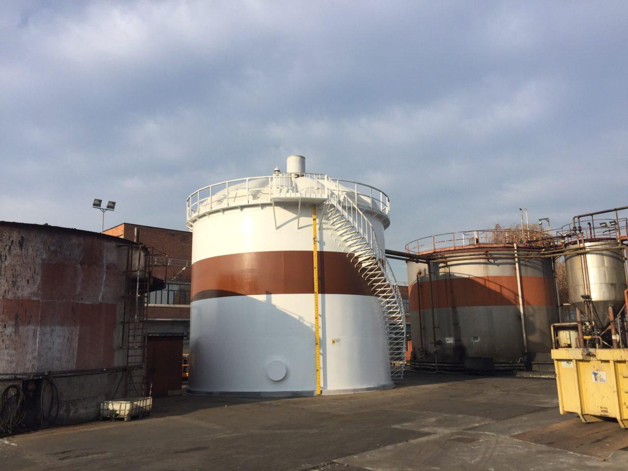 Refurbished storage tank