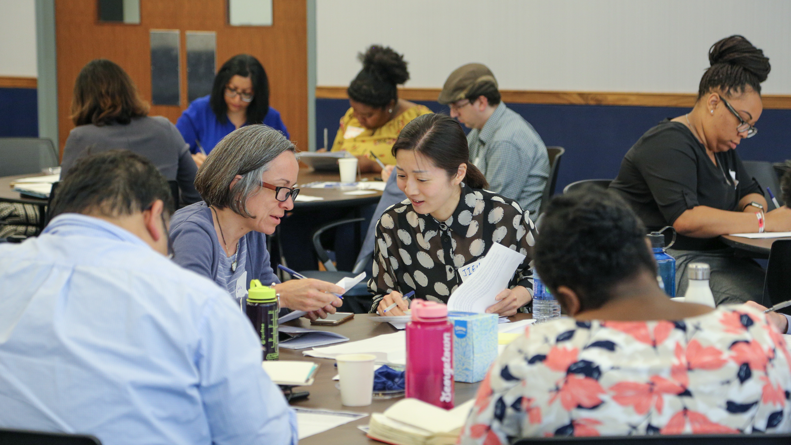 Workshop participants discuss Intergroup Dialogue pedagogy.