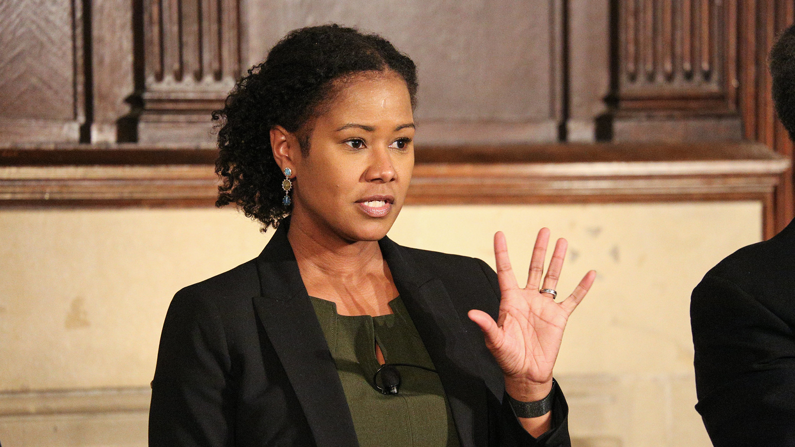 Soyica Colbert describes how Baldwin portrays women's leadership in the play.