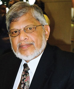 Arun Gandhi Holds 9/11 Dialogue with Students