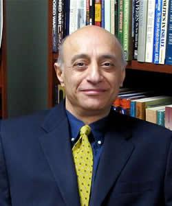 Bahman Bakhtiari headshot