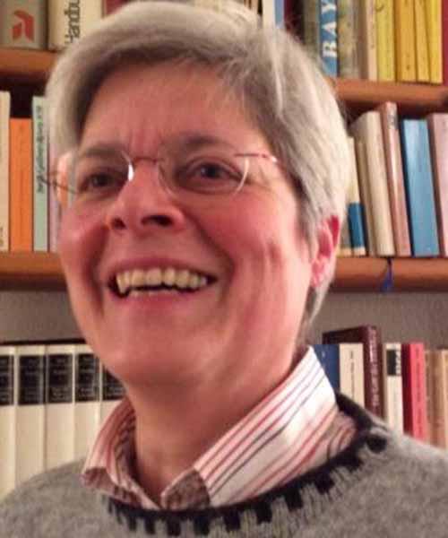 Dagmar Heller headshot