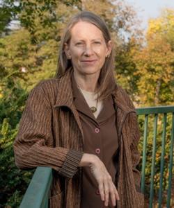 Diane M. Ciekawy headshot