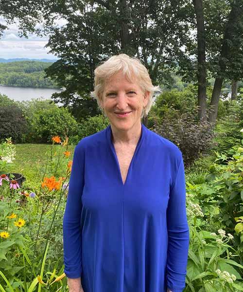 Ellen Bernstein headshot