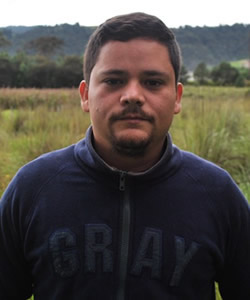 Elvis Perez Hernandez headshot