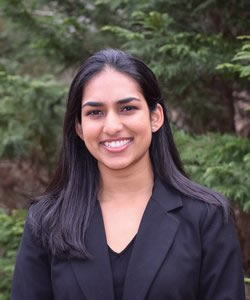 Harshita Nadimpalli headshot