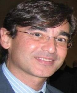 Javier Martinez-Torron headshot