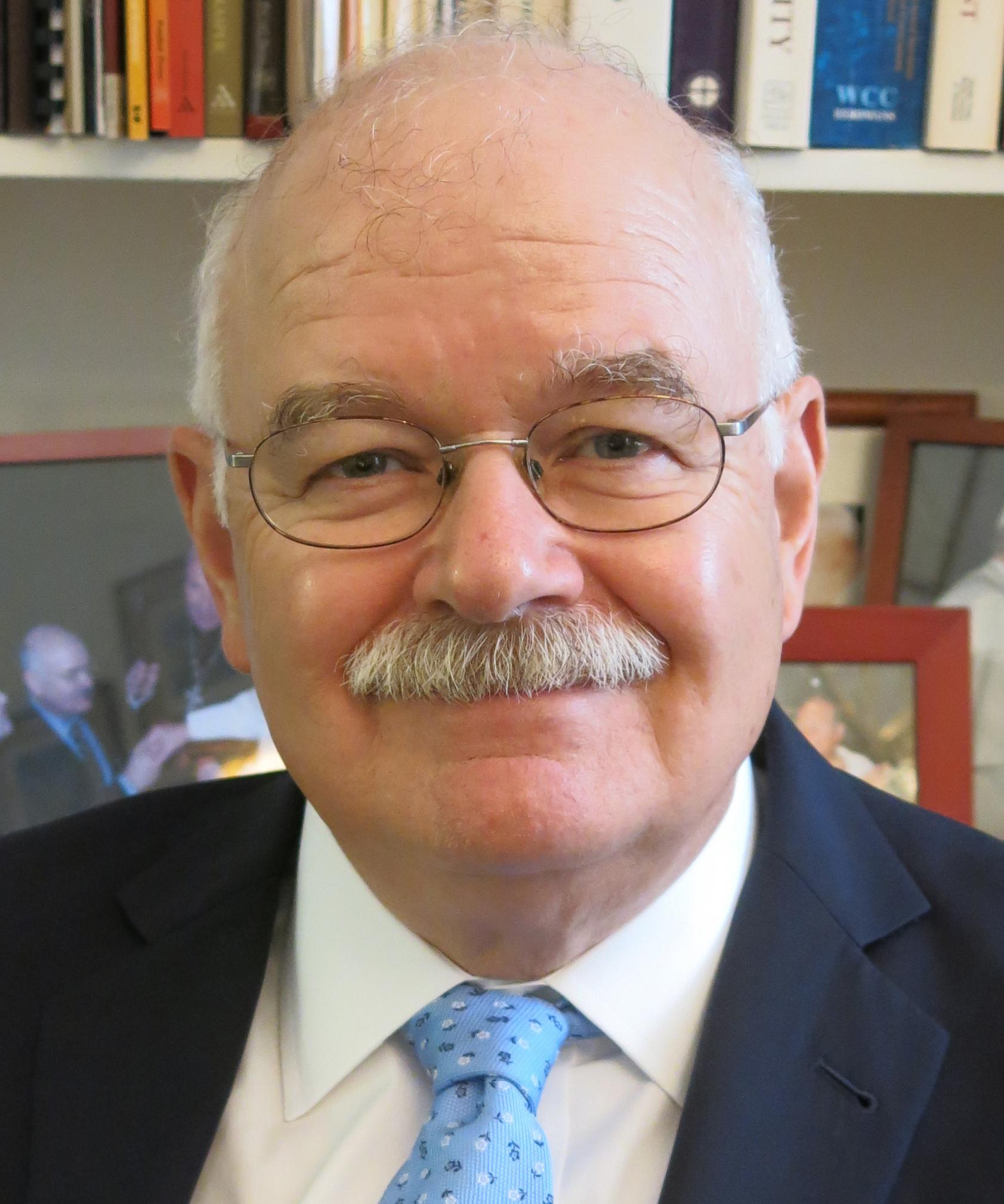 John Borelli headshot