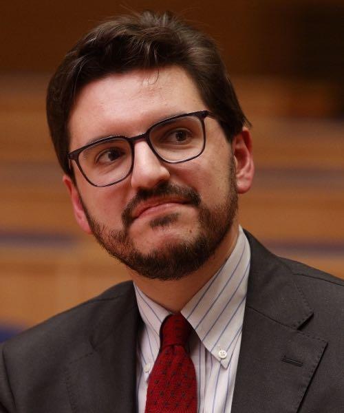 Joshua J. McElwee headshot