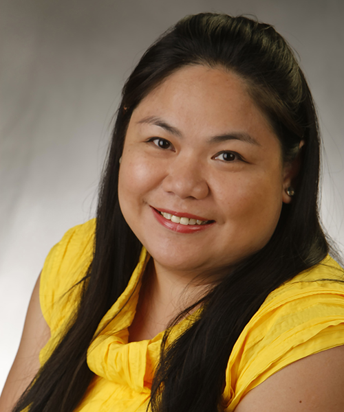 Karen Enriquez headshot