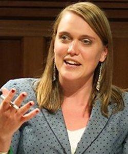 Kelsey Davenport headshot