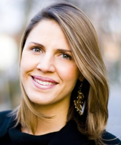 Laura Waters Hinson headshot