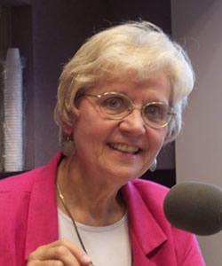 Maureen Fiedler headshot