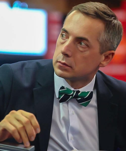 Mikhail Minakov headshot
