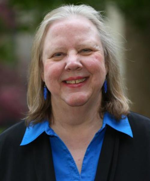 Paula Kaempffer headshot