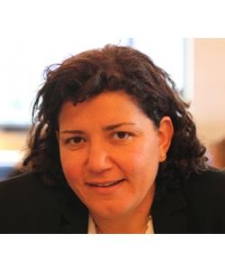 Rana Husseini headshot