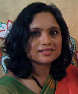 Rebecca Shah headshot