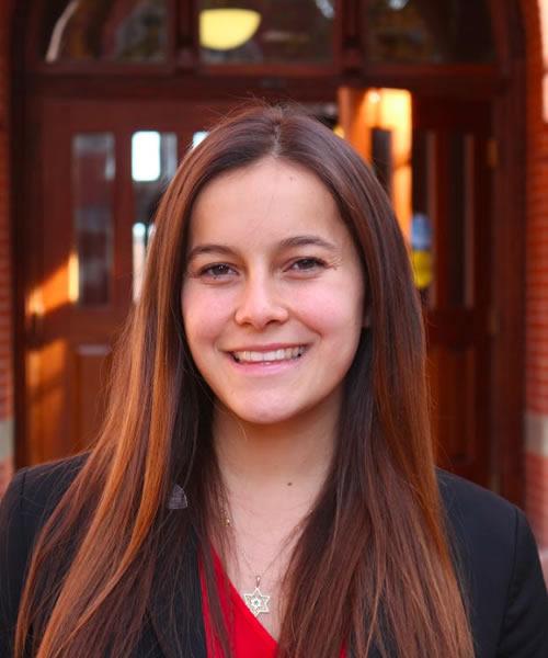 Sarah Baron headshot
