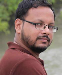 Syed Zain Al-Mahmood headshot
