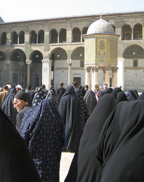Iranian pilgrims in the courtyard of Umayyas Mosque in Syria