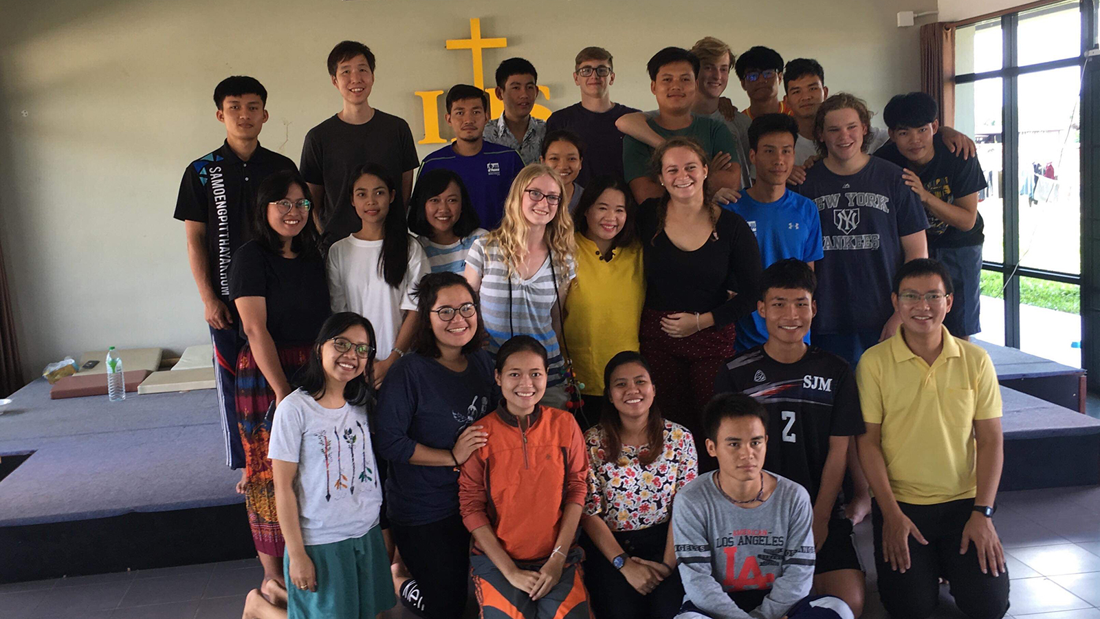 Allison Ross with students from Xavier Learning Community in Thailand