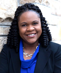 Yolanda Pierce headshot