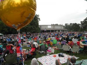 Tanglewood lawn scene,July 4th James Taylor concert.