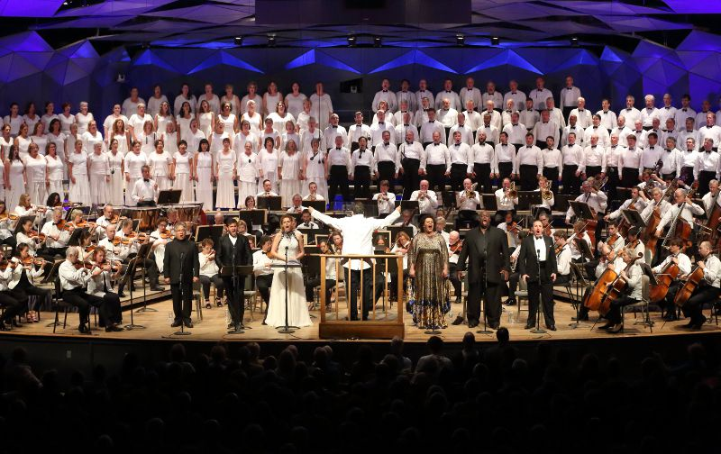 Music Director Andris Nelsons leads the BSO , soloists, Taanglewood Festival Chorus in Verdi's Aida at Tanglewood, Aug. 20, 2016; Hilary Scott photo.
