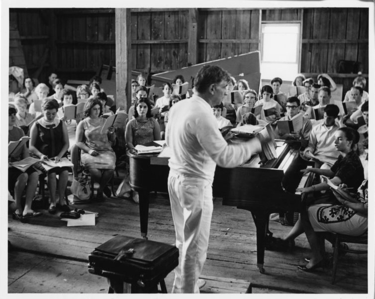 Leonard Bernstein conduct rehearsal, c. 1971, barn at Tanglewood; Heinz Weissenstein photo, BSO archives.