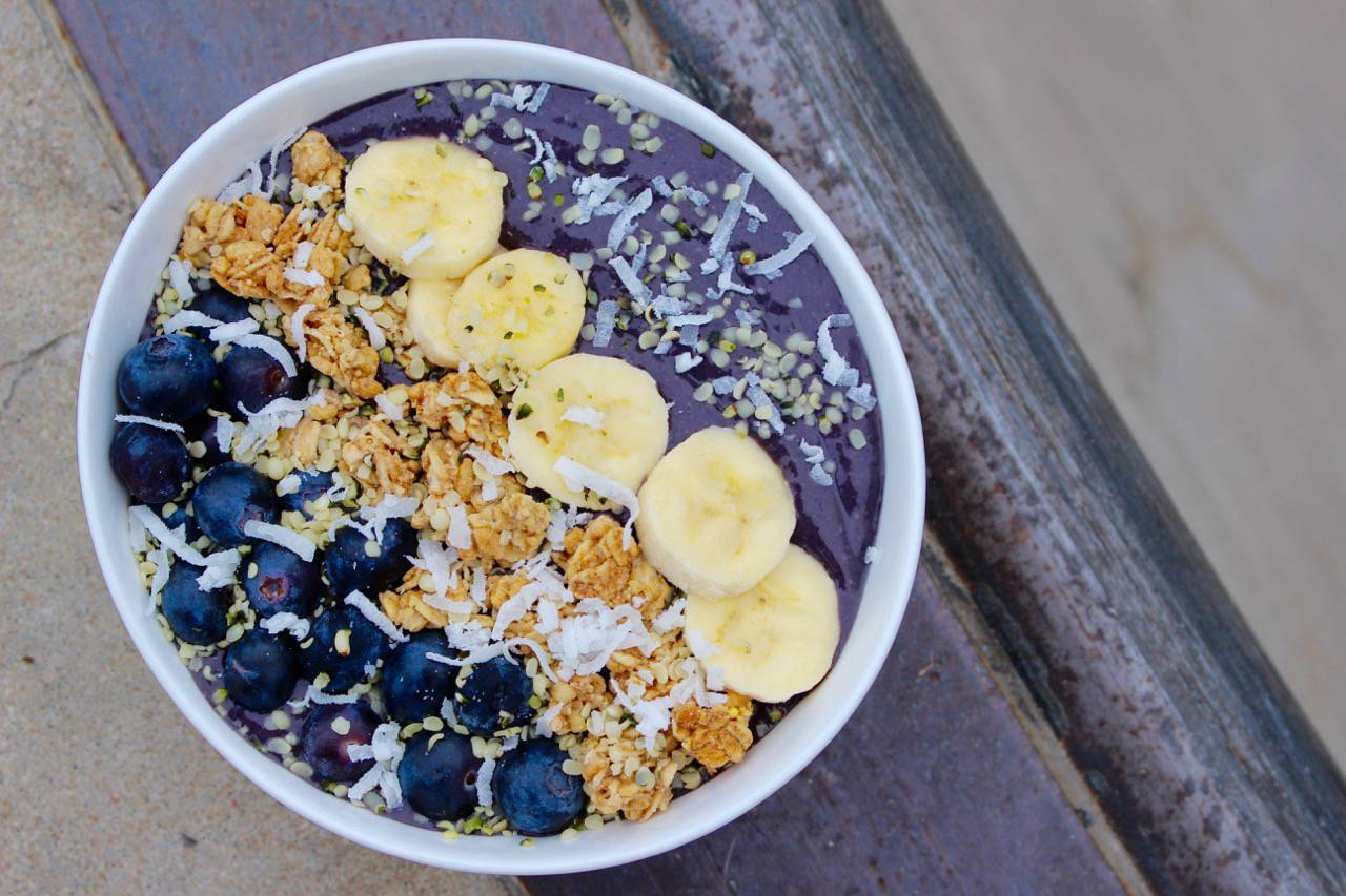 IN TRANSITION: AÇAÍ BOWL -- Salad Grinds and Bean Plants #30