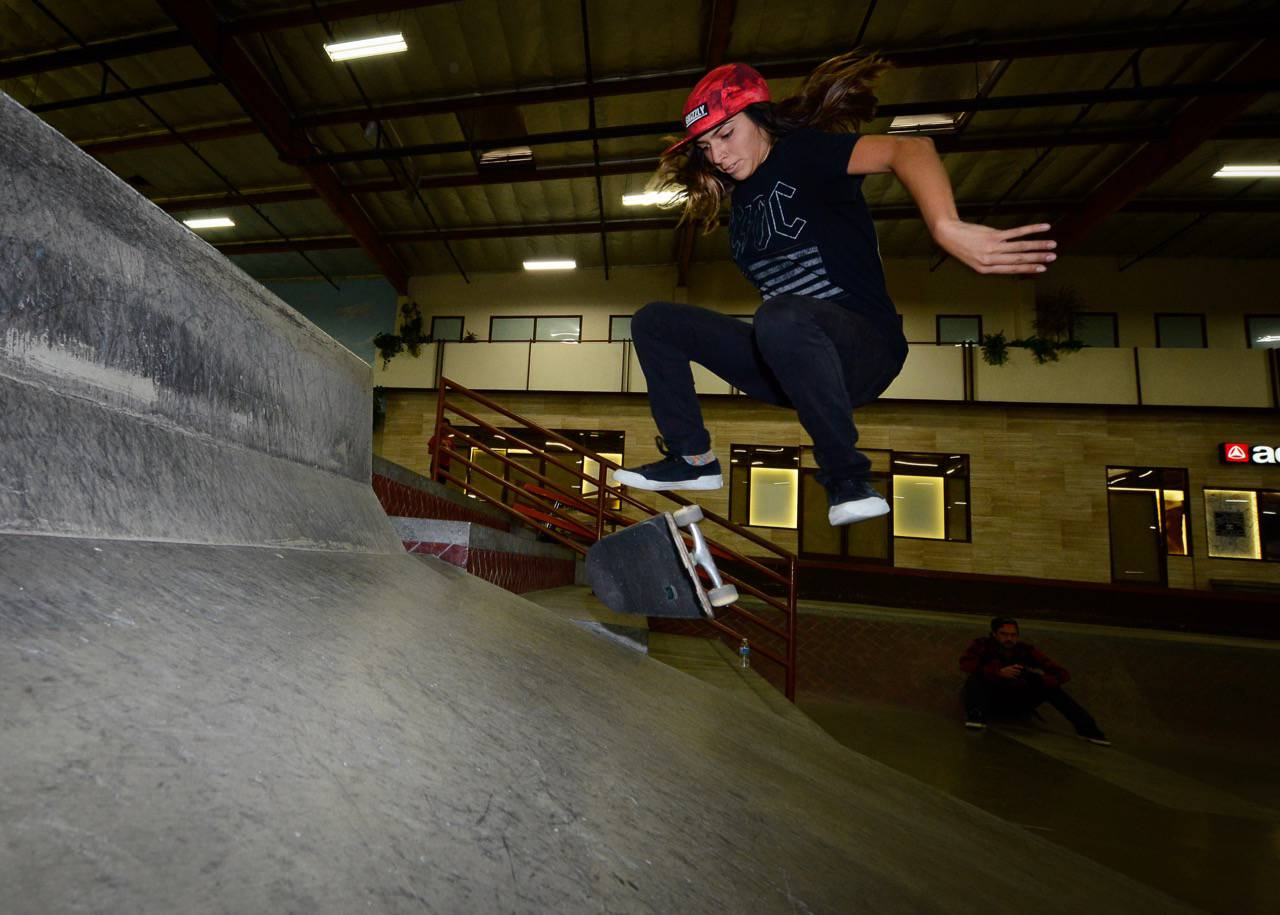 Girls Skate Sesh | The Skate House -- Poseiden Foundation X LA Girls Skate Sesh