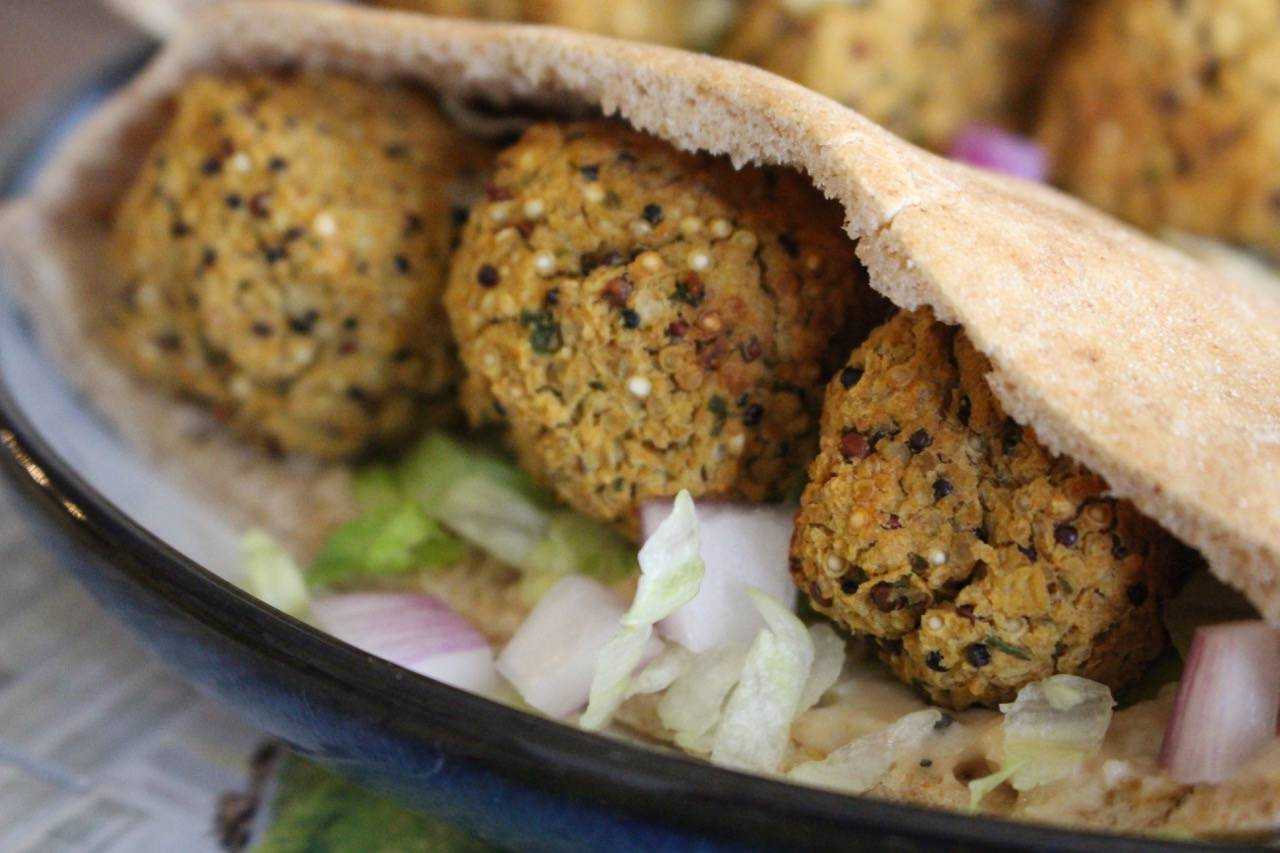 salad grinds - sack falafel