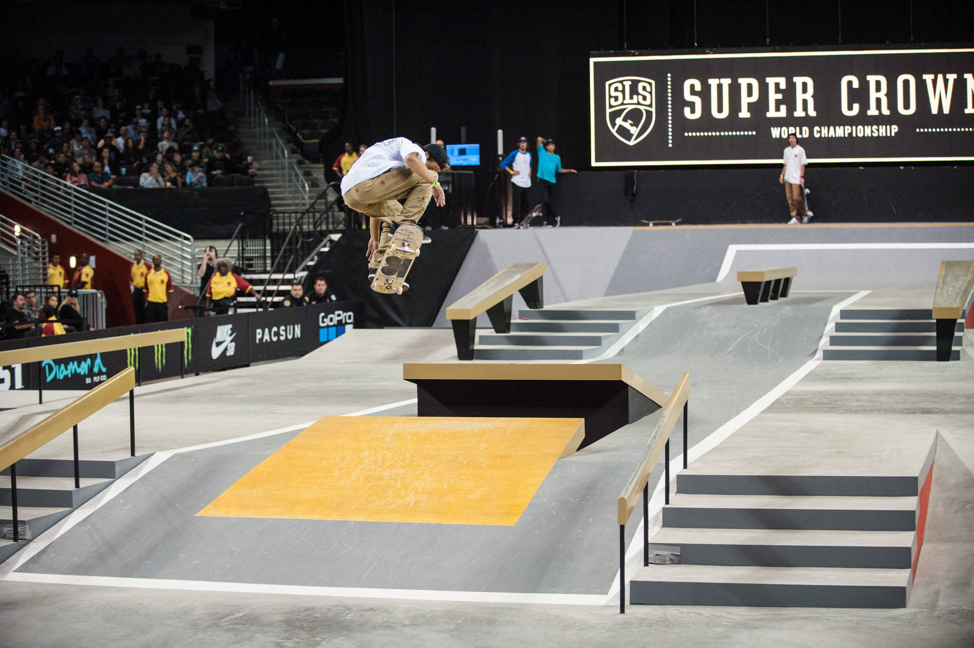 SHANE AND LACEY, STREET LEAGUE CHAMPS -- Gallery: SLS Super Crown in Los Angeles