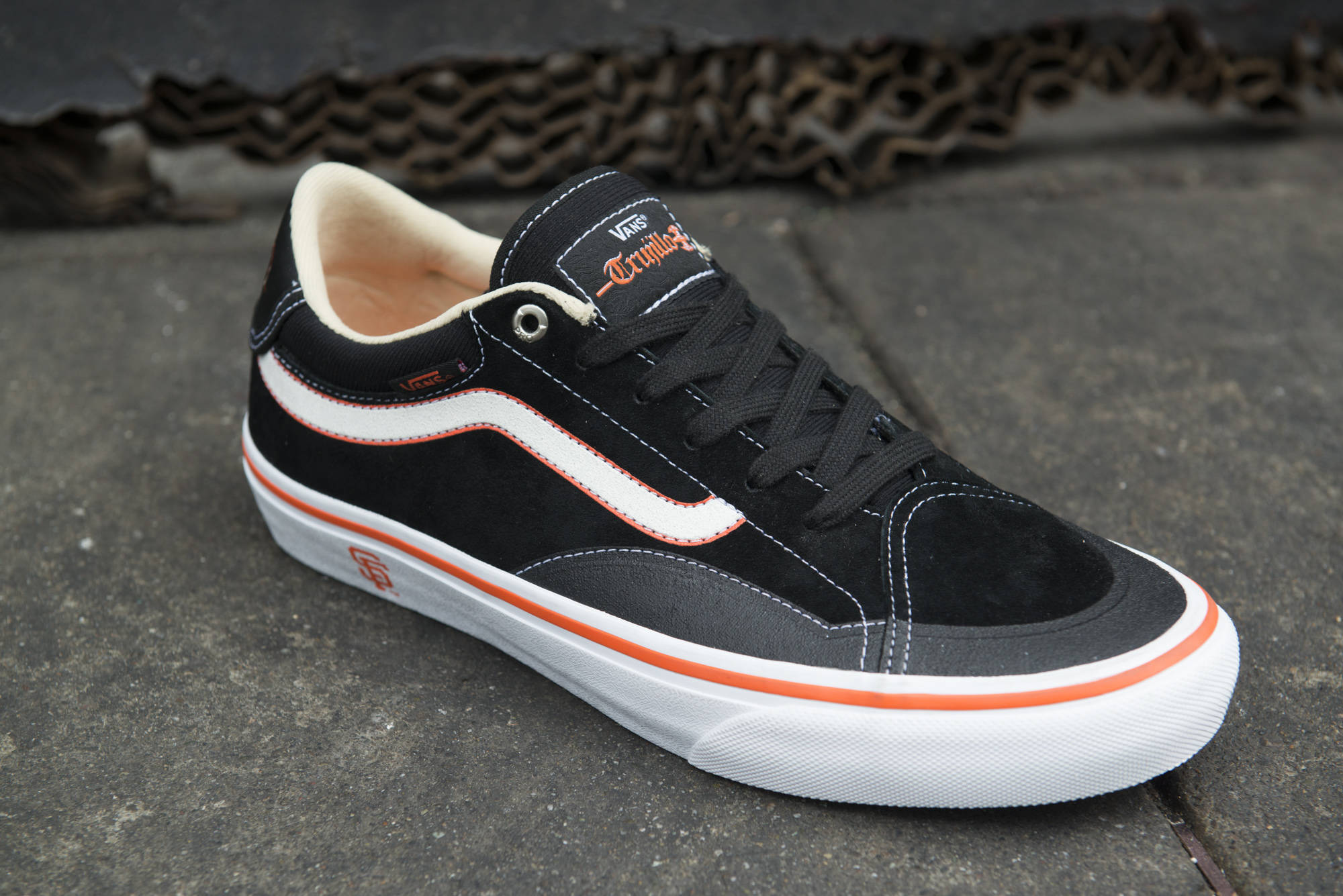 Vans TNT Giants Collab