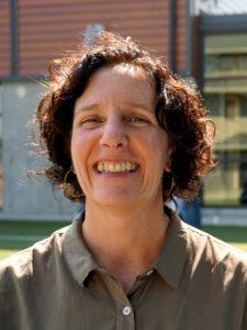 Linda  Arland