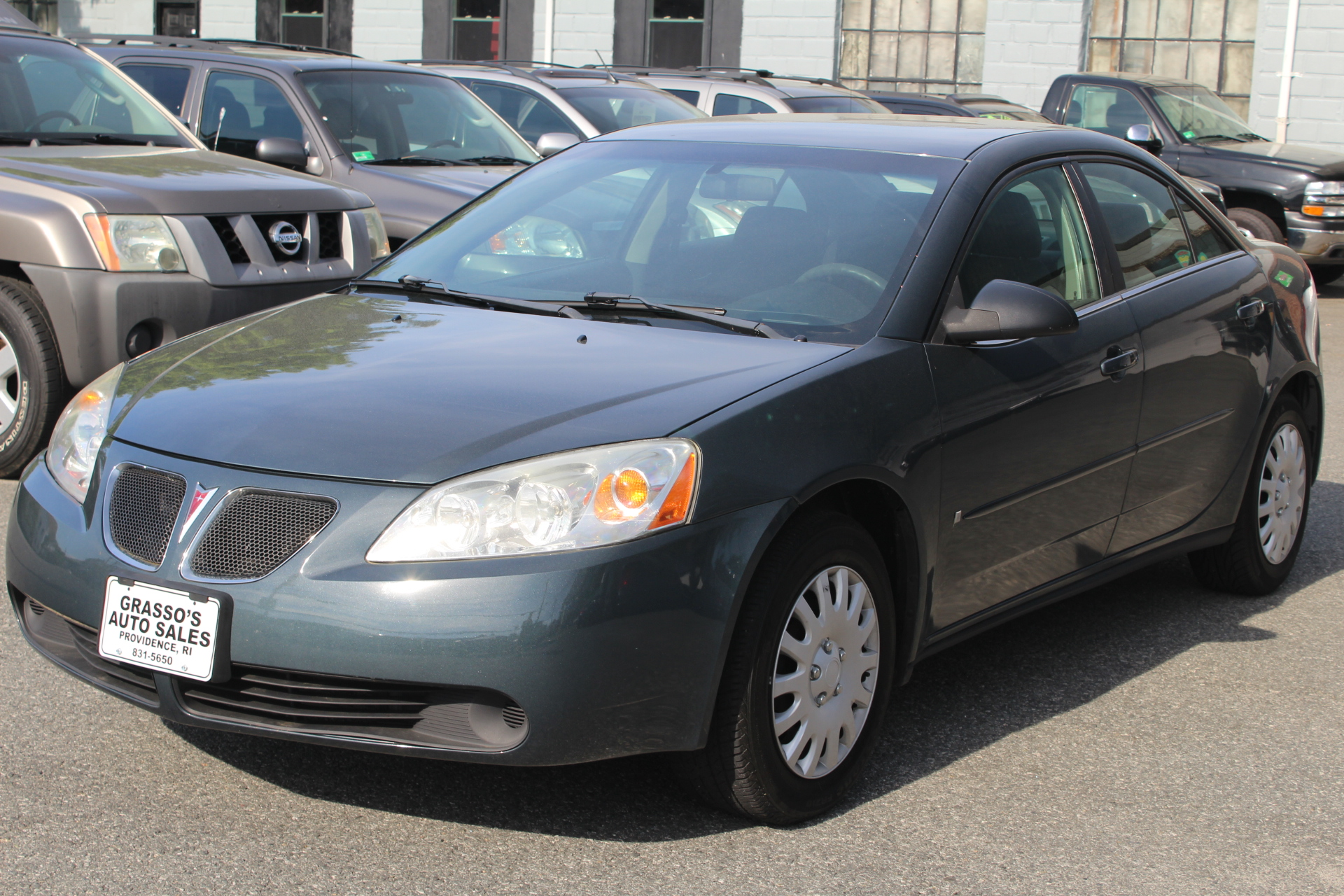 2006 Pontiac G6 4dr Sdn w1SV NO ACCIDENTS  3 OWNERS  NON SMOKER  COMPLETELY SERVICED WITH A 2